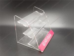 Лазерная резка подставок из оргстекла